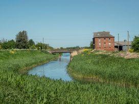 Kingfisher - Lincolnshire - 1014516 - thumbnail photo 25