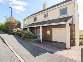 4 bedroom Cottage for rent in Tenby