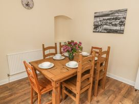 Locky Cottage - Whitby & North Yorkshire - 1014892 - thumbnail photo 3