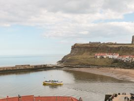 Locky Cottage - Whitby & North Yorkshire - 1014892 - thumbnail photo 11