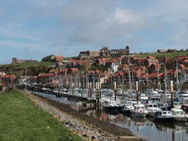 Locky Cottage - Whitby & North Yorkshire - 1014892 - thumbnail photo 13