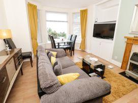 Llys Madoc, Basement Apartment - North Wales - 1014915 - thumbnail photo 5