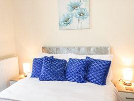 Llys Madoc, Basement Apartment - North Wales - 1014915 - thumbnail photo 9