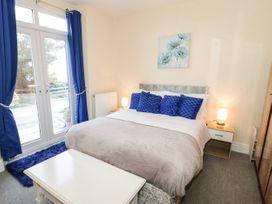 Llys Madoc, Basement Apartment - North Wales - 1014915 - thumbnail photo 10