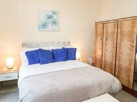 Llys Madoc, Basement Apartment - North Wales - 1014915 - thumbnail photo 11