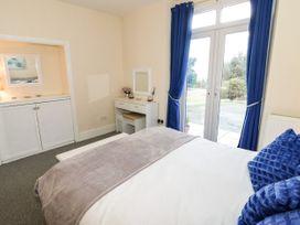 Llys Madoc, Basement Apartment - North Wales - 1014915 - thumbnail photo 12