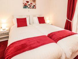 Llys Madoc, Basement Apartment - North Wales - 1014915 - thumbnail photo 13