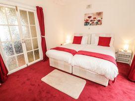 Llys Madoc, Basement Apartment - North Wales - 1014915 - thumbnail photo 14