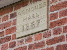 Conquer Hall - Mid Wales - 1014925 - thumbnail photo 3