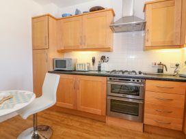 Apartment 14 - North Wales - 1015002 - thumbnail photo 11