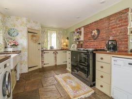 Waveney Cottage - Suffolk & Essex - 1015103 - thumbnail photo 12