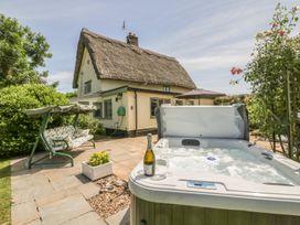 Waveney Cottage - Suffolk & Essex - 1015103 - thumbnail photo 3