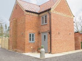 The Old Rectory Coach House - Norfolk - 1015181 - thumbnail photo 2