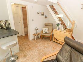 Heulwen Lodge - South Wales - 1015310 - thumbnail photo 7