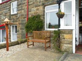 Hart Cottage - Whitby & North Yorkshire - 1015513 - thumbnail photo 2