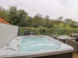 14 Waterside Lodges - Yorkshire Dales - 1015527 - thumbnail photo 19