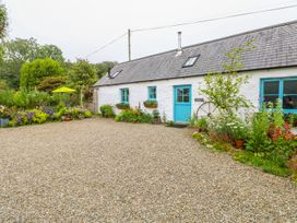 1 bedroom Cottage for rent in Newport