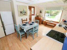 2 Strand Cottages - South Wales - 1015605 - thumbnail photo 6