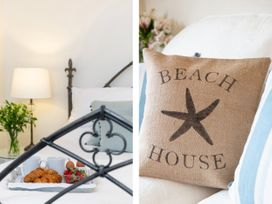 The Beach House, Sandsend - Whitby & North Yorkshire - 1015694 - thumbnail photo 8