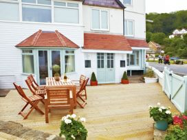 East Row Lodge - Whitby & North Yorkshire - 1015695 - thumbnail photo 1