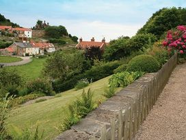The Cottage - North Yorkshire (incl. Whitby) - 1015696 - thumbnail photo 3