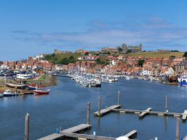 March Apartment - Whitby & North Yorkshire - 1015752 - thumbnail photo 16