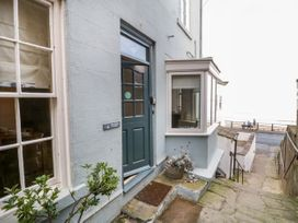 Beachside Cottage - North Yorkshire (incl. Whitby) - 1015789 - thumbnail photo 2
