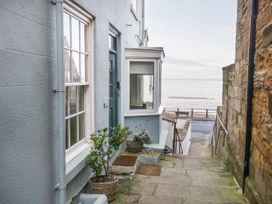 Beachside Cottage - North Yorkshire (incl. Whitby) - 1015789 - thumbnail photo 1