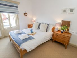 Beachside Cottage - North Yorkshire (incl. Whitby) - 1015789 - thumbnail photo 15