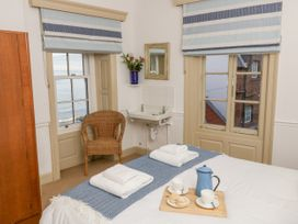 Beachside Cottage - North Yorkshire (incl. Whitby) - 1015789 - thumbnail photo 16