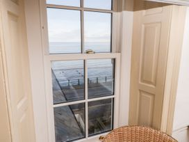 Beachside Cottage - North Yorkshire (incl. Whitby) - 1015789 - thumbnail photo 17
