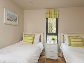 Bracken Howe Lodge - Whitby & North Yorkshire - 1015816 - thumbnail photo 6