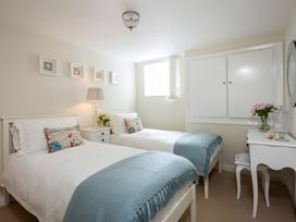 Albany Apartment - Whitby & North Yorkshire - 1015833 - thumbnail photo 6