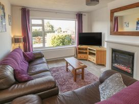 The Bungalow at Mill Falls - Whitby & North Yorkshire - 1015919 - thumbnail photo 2
