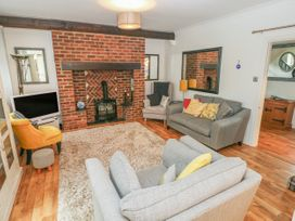 Granary Cottage - South Wales - 1016015 - thumbnail photo 4