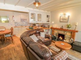 Safe Harbour Cottage - Whitby & North Yorkshire - 1016114 - thumbnail photo 3
