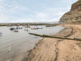 Safe Harbour Cottage - Whitby & North Yorkshire - 1016114 - thumbnail photo 13