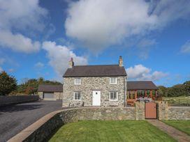 6 bedroom Cottage for rent in Beaumaris
