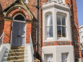 1 Church Square - Whitby & North Yorkshire - 1016224 - thumbnail photo 2