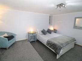 1 Rhandai Apartment - North Wales - 1016358 - thumbnail photo 9