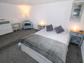 1 Rhandai Apartment - North Wales - 1016358 - thumbnail photo 12