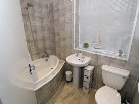 1 Rhandai Apartment - North Wales - 1016358 - thumbnail photo 14