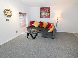 1 Rhandai Apartment - North Wales - 1016358 - thumbnail photo 5