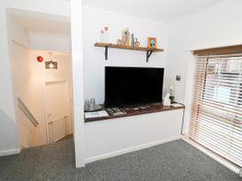 1 Rhandai Apartment - North Wales - 1016358 - thumbnail photo 6