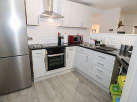 1 Rhandai Apartment - North Wales - 1016358 - thumbnail photo 7