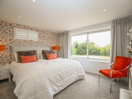 Shutts House Garden Apartment - Somerset & Wiltshire - 1016405 - thumbnail photo 11