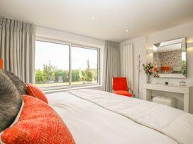 Shutts House Garden Apartment - Somerset & Wiltshire - 1016405 - thumbnail photo 16