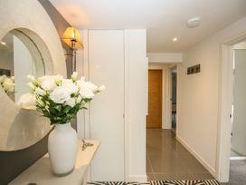 Shutts House Garden Apartment - Somerset & Wiltshire - 1016405 - thumbnail photo 3