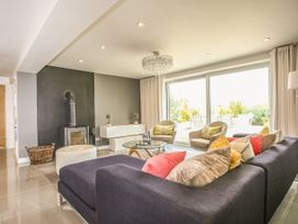 Shutts House Garden Apartment - Somerset & Wiltshire - 1016405 - thumbnail photo 6
