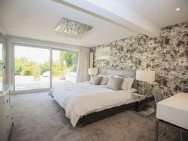 Shutts House Garden Apartment - Somerset & Wiltshire - 1016405 - thumbnail photo 17